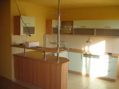 kuchyne-zluta-1